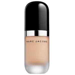 Mark Jacobs remarkable foundation bisque Medium